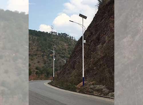 太阳能路灯自行安装