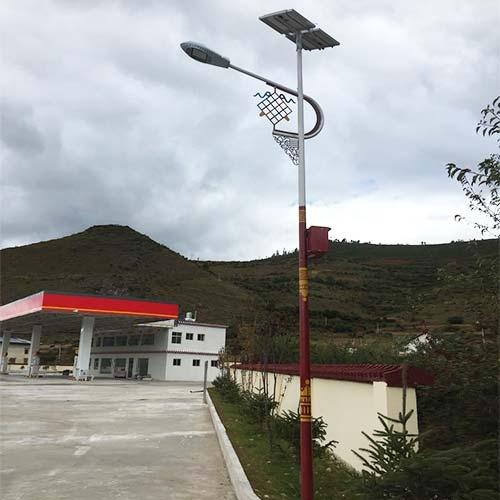 服务区民族特色太阳能路灯