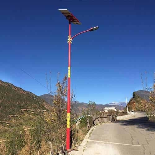 云南山路民族特色太阳能路灯