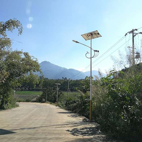 云南乡村道路太阳能路灯